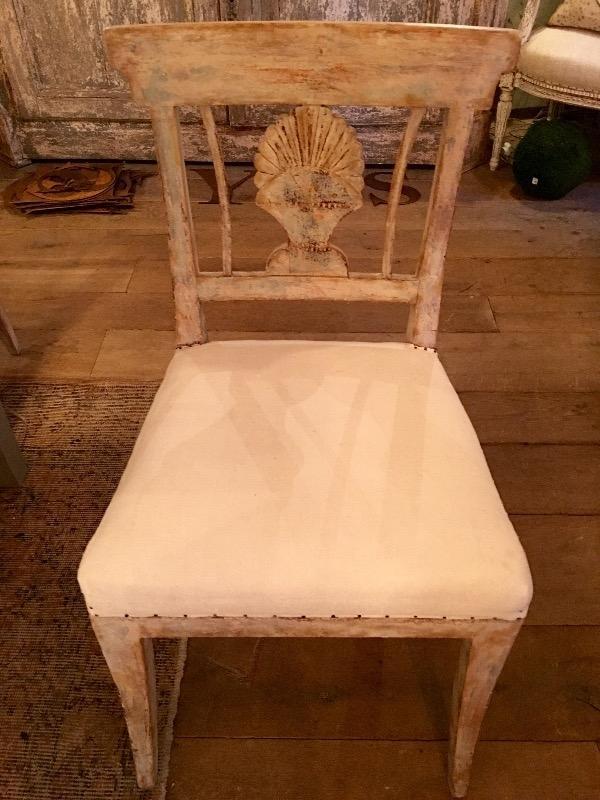 6 chaises sudoises recouvertes de lin ancienun trs joli modle nouveautes au temps des cerises - Chaises Suedoises