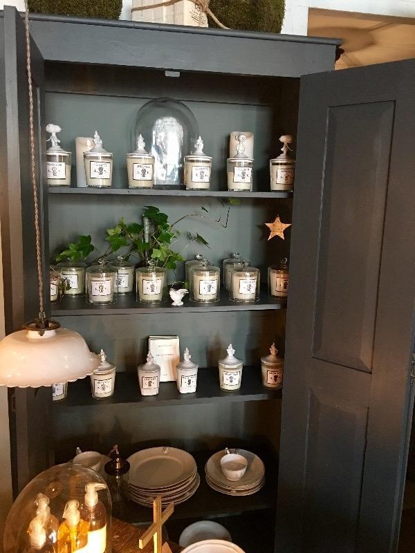 placard peint 199 de hauteur 0 95 de longueur et 0 45 de profondeur nouveautes au temps. Black Bedroom Furniture Sets. Home Design Ideas